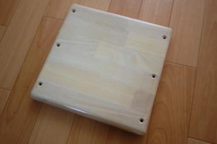 ロフトの階段ホワイトアイアン スマートステップ 段ゴムの木集成材