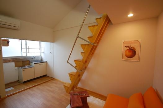 ロフトの階段互い違い階段3