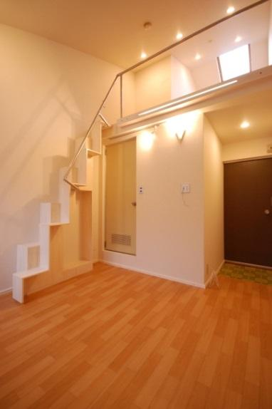 ロフトの階段互い違い階段4