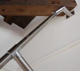 家具階段手すり上部の固定