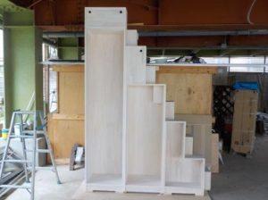 家具階段白塗装 正面