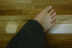 段違い階段の説明 左足