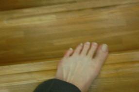 段違い階段の説明 右足