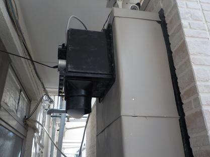 防音室の換気装置は室外に