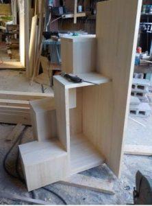 家具階段作り始め