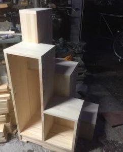 互い違い家具階段 分割の最下段